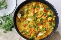 Gemüse-Hähnchen-Curry mit der eigenen Currymischung