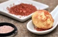 Farbenfrohe Salz-Butter