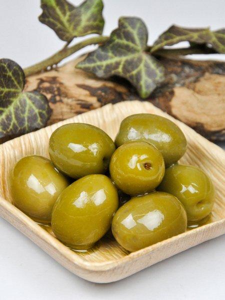 Grüne Bio Oliven - mit Stein - in Lake