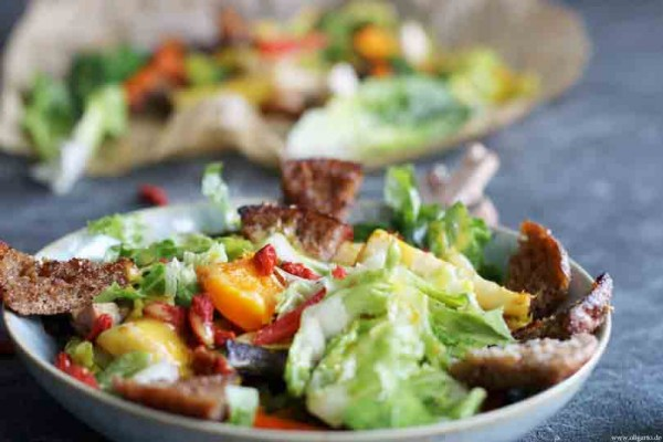 salat-mit-lauwarmem-Ofengemuese1sDe8Cy4ckRi6l